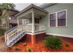 adorable historical charmer! with awesome updates within! 2907 N Jefferson Street, Tampa FL