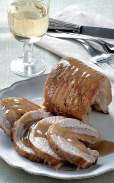 Μαθαίνουμε πώς να μαγειρεύουμε μπρεζέ #μπρεζέ Christmas Dishes, Types Of Food, Pulled Pork, Baking Recipes, Camembert Cheese, French Toast, Food And Drink, Meat, Cooking
