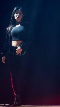 ( *`ω´) ιf you dᎾℕ't lιkє Ꮗhat you sєє❤, plєᎯsє bє kιnd Ꭿℕd just movє ᎯlᎾng. Seulgi, Beautiful Asian Women, Beautiful Celebrities, Cute Girls, Cool Girl, Red Velvet Irene, Asia Girl, Sexy Asian Girls, Korean Girl Groups