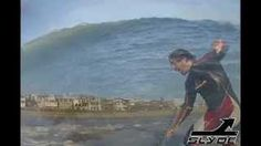 slyde handboards bodywhomp/bodysurf session at el porto, via YouTube.