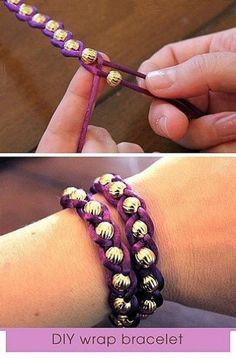 Andere touwtjes & kralen en je hebt een leuke armband.