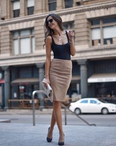 black scoop-neck sleeveless shirt and brown midi skirt - Bleistiftrock - Mode Outfits, Skirt Outfits, Fashion Outfits, Bandage Skirt Outfit, Fashion Mode, Work Fashion, Womens Fashion, Fashion 2018, Latest Fashion