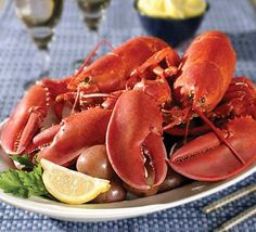 Fresh Ketch Seafood 'N Steak Restaurant on Main Street in Hyannis MA, Cape Cod. Raw bar, lobsters, steak, seafood, soups, salads, kids menu and daily specials.