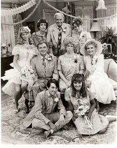 Carol Burnett show. Mama's Family childhood memories with my grandma. Family Tv, Family Photos, Best Tv Shows, Favorite Tv Shows, Favorite Things, Movies Showing, Movies And Tv Shows, Lyle Waggoner, Carol Burnett