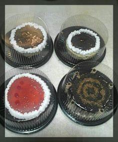 Minis Cheese Cake. Mini de Fresa. Y Mini Chocolatoso.