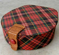 Vintage Scottish tartan, leather strap, jewelry box.