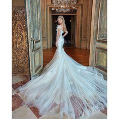 Enchanted by the elegance and sophistication of @galialahav is so:heart:melting!!! #galialahav #dreamdress #fashion #couture #bridalinspo #drama #weddinginspiration #gettingmarried #bride #bridalideas #igdaily #luxurywedding #justengaged #isaidyes #ido