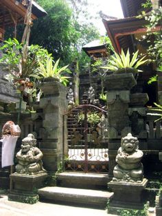 tropical living, i wish my tropical home looked like this Garden Entrance, Entrance Gates, Garden Gates, Balinese Garden, Bali Garden, Tropical Houses, Tropical Paradise, Tropical Gardens, Garden Inspiration