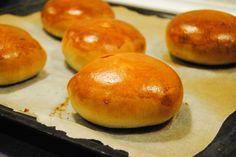 Bread Recipes, Baking Recipes, Brioche Recipe, Sandwiches, Burger Buns, Foodies, Muffin, Cooking, Bread Food