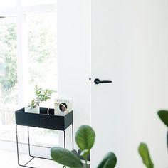 30 Chic Home Design Ideas - European interiors. House Design, House Interior, Home Accessories, Home, Interior, Home Renovation, European Home Decor, Home Decor, Restaurant Interior