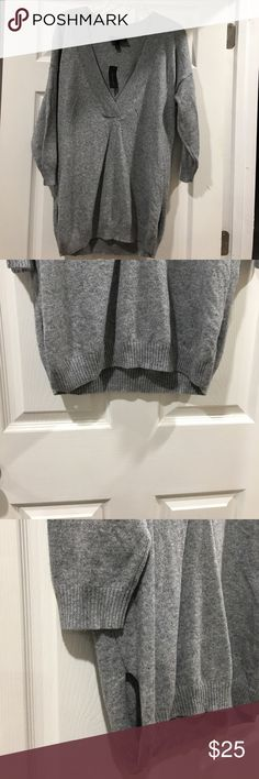 NWT Lane Bryant Gray Sweater. Size 14/16. Lane Bryant Gray Sweater. Size 14/16. Beautiful and soft made of 80% cotton and  20% cashmere. Original cost is $99.95. Sale price of: $25.00. Please see picture. I am open to offers. Thank you for looking. Lane Bryant Sweaters V-Necks