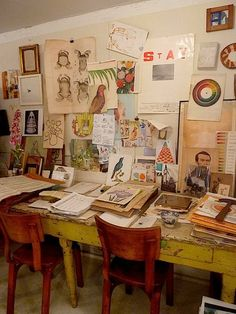 John derian especially that table! my art studio, dream studio, painting Art Studio Design, My Art Studio, Dream Studio, Nyc Studio, Painting Studio, Small Studio, Studio Ideas, Design Design, Design Ideas