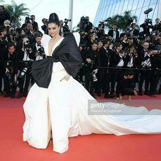 Deepika Padukone, India, Actors, Concert, Dresses, Fashion, Vestidos, Moda, Rajasthan India
