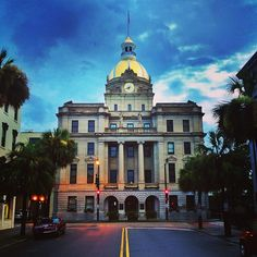 Picturesque Savannah City Hall