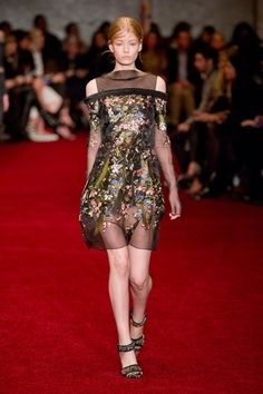 Pin for Later: Get Your Dress Fix With 100 of the Prettiest Autumn Looks Erdem Fall 2014