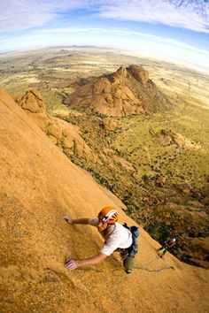 www.boulderingonline.pl Rock climbing and bouldering pictures and news Looks full of crazy