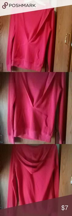 Hooded deep v top sz L Great for your morning workout. Hot pink hooded top. Long sleeves,center pocket. Size L by Active Basic California. Smoking/pet home. Bust from armpit to armpit-19 inches Thanks for looking! Tops Sweatshirts & Hoodies