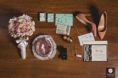 Sapato de noiva | Buquê de noiva | Acessórios noiva | Casamento | Fotografia de casamento