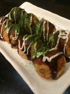 Takoyaki. Takoyaki, Junk Food, Japanese Food, Love Food, Drink, Workout, Ethnic Recipes, Beverage, Work Out