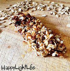 Sfiziose, croccanti e sane sempre pronte per concedervi uno snack sano... vi presento le barrette di cereali light e come sempre...light si, ma con gusto!