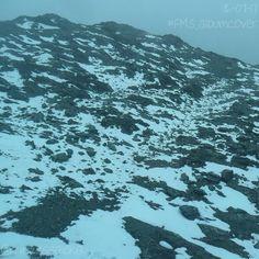 [197/365] Día 16. Esto puede ser la portada de un álbum (Day 16. This could be an album cover): Sin filtro sólo visto a través de vidrio azul. @mukumbari (No filter just looked through blue glass.) #FMSPAD #FMSPhotoADay #FMSPhotoADayJul #FMS_albumcover #EmbraceEverydayJoyfully #BFYT #PortadaDeAlbum #Nieve #AlbumCover #Snow #Mukumbari #Merida #Venezuela #Teleferico
