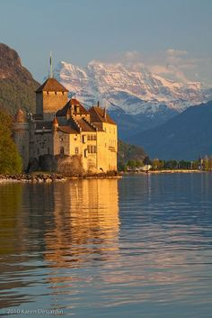 In her travels to Switzerland in The Wishing Rock Theory of Life, Gran also visits the Chateau de Chillon. It's a spectacular castle, every room is magnificent. If you go, be sure to climb the steep ladders to the very top of the tower for a great view! Beautiful Castles, Beautiful Places, Oh The Places You'll Go, Places To Visit, Belle Villa, Lugano, Palaces, France Travel, Great View
