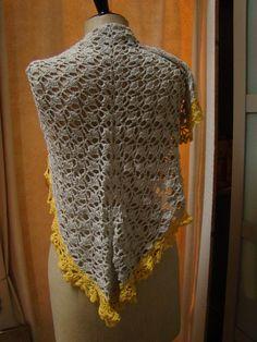driehoekige sjaal, omslagdoek gehaakt | Veritas