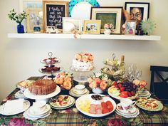 Afternoon tea party inspired bridal shower. (c) 2015 www.derpinsel.com