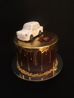 I made Trabant car cake today for my beloved grandpa's birthday ❤️ Trabant was his first car and He loved him :) grandpa was driving by the car long time and He had a nice time .through holiday He made trips to countries in Europe with. 30th Birthday Cakes For Men, 85th Birthday, Car Cakes For Men, Cakes Today, Specialty Cakes, Cute Cakes, Party Cakes, Cake Decorating, Wedding Cakes