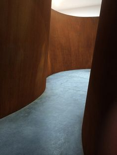 Richard-Serra-Exhibit-NYC-7