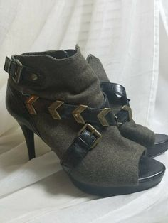 0667e5165c2 Excellent preowned condition See pics Nine West Women s Open toe zip up Ankle  Boots Booties Black Suede Heels Size