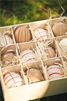 Пасха: photolivika Easter Baskets, Happy Easter, Easter Eggs, Toque, Holiday Decor, Spring Time, Handmade, Food, Ideas