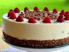 Szybki tort malinowy bez pieczenia