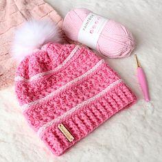 Ravelry: Sweetpea Slouch pattern by Emma Sinclair - EmmeClaire Crochet