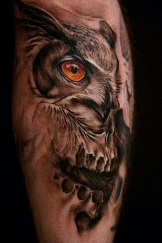 The owl is the wisest of all animals. If you're opting for Owl Tattoos, consider the right ink design and tattoo placement. Enjoy these stylish owl tattoos! Owl Skull Tattoos, 3d Tattoos, Animal Tattoos, Body Art Tattoos, Sleeve Tattoos, Tattoos For Guys, Cool Tattoos, Tattoo Owl, Sick Tattoo