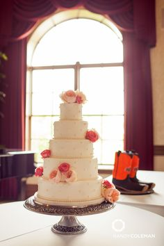 5 Tier Wedding Cake / Randy Coleman Photography / Wedding Reception / The Dominion House