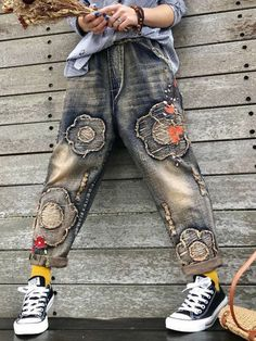 ff09fb85eca Wonderful Floral Patch Embroidery Elastic Waist Women Ripped Jeans - Online  - NewChic Womens Ripped Jeans