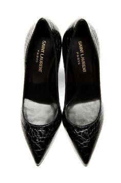 Casual Summer Shoes - Must Have Footwear Collection. Crazy Shoes, Me Too Shoes, Cinderella Shoes, Saint Laurent Paris, Ballerina Flats, Black Pumps, Summer Shoes, Boat Shoes, Stiletto Heels
