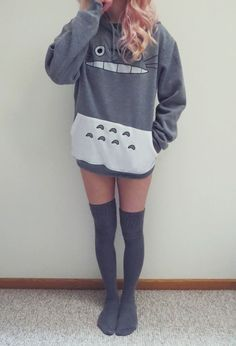 I know it's not grunge ,but I had to pin this cute outfit! Kawaii Fashion, Cute Fashion, Asian Fashion, Fashion Outfits, Totoro, Mode Kawaii, Mein Style, Kawaii Clothes, Pulls