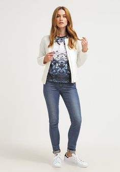 22 beste afbeeldingen van adidas Bedrukte shirts, Print t