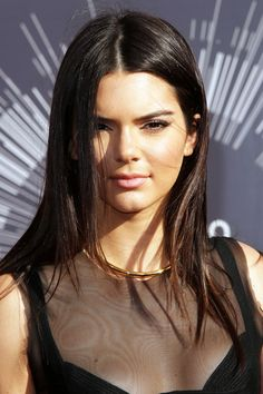 10 Rad Looks From The VMAs Red Carpet #refinery29  http://www.refinery29.com/2014/08/73399/vmas-mtv-video-music-awards-beauty-2014#slide10  Kendall Jenner kept things simple and sexy with subtle pink lips and strategic contouring.