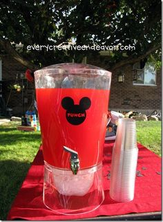 http://www.everycreativeendeavor.com/2011/10/mickey-mouse-clubhouse-birthday-party.html
