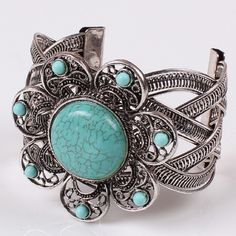 Turquoise Flower Silver Bracelet Beautiful and new! Jewelry Bracelets