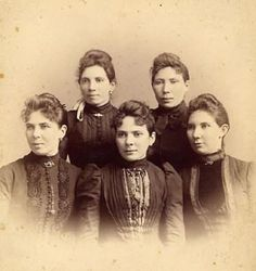 1890s - Five young ladies of the De La Ossa family in fashionable attire. Photograph Collection: Daughters of the De La Ossa Family.