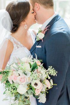 Floral Design: A to Zinnias romantic-blush-tone-southern-savannah-wedding-the-happy-bloom