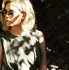 Ashley makes ordinary clothing look amazing on her. | Pretty Little Liars
