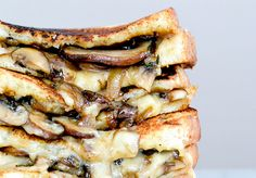 recipe for grilled cheese sandwich with brie, gruyere, mushrooms ...