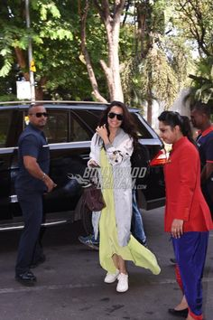 Shraddha Kapoor was spotted at the airport before she flew for the promotions of her movie, Half Girlfriend