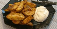 Kartoffelecken aus dem Backofen. Ein amerikanisches Rezept und eine herrliche Beilage zu Steaks. Oder einfach so als Hauptgericht mit reichlich Ai ...