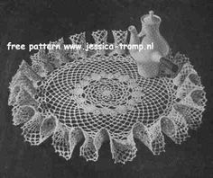 The Pineapple Ruffle doily free vintage crochet doilies patterns